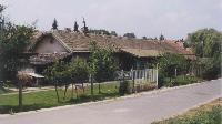 A régi törökbálinti állomásépület napjainkban (Lázár Armand felvétele)