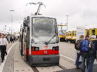 A Siemens alacsonypadlós villamosgyártásának egyetlen megmaradt büszkesége, az ULF, Berlinben, az InnoTrans 2004 kiállításon, 2004. szeptember 23-án. (forrás: Vitézy Dávid)