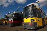 Berlin alacsonypadlós villamostípusai 2004. október 24-ig: GT6N, GTZ és ULF.  A fényképet a BVG sajtóosztálya bocsájtotta a veke.hu rendelkezésére. (forrás: BVG)