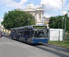Az első Volvók a metrópótlásnál debütáltak., Baross tér, Budapest (forrás: Istvánfi Péter)