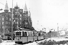 Ez a kép is a múlté már: 42-es villamos a Nagyvárad téren. (forrás: Nagy Zsolt Levente gyűjteménye)