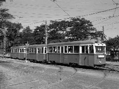 42-es villamos háromkocsis UV szerelvénnyel az Üllői úton (forrás: Heinz Heider)
