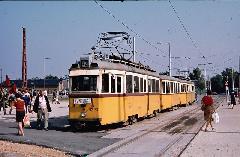 Az újonnan kialakított Határ úti csomópont lett a végállomása az Üllői úti villamosoknak. Innen a Belváros felé az észak-déli metró váltotta fel a villamosokat. (forrás: Harald Tschirner)