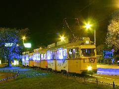 A designvillamos a budapesti éjszakában, Budapest (forrás: Hajtó Bálint)