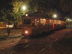 Az utolsó UV-szerelvények egyike a 19-es villamos vonalán, Ybl Miklós tér, Budapest (forrás: dr. Gábor Marcell)