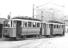 Favázas ikerkocsi Baross kocsiszínben, Baross kocsiszín, Budapest (forrás: A főváros tömegközlekedésének másfél évszázada)