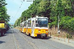 A 4106 psz. Tatra motorkocsi a Salgótarjáni úton 2000. május 5-én, Salgótarjáni út, Budapest (forrás: Szelényi Gábor)