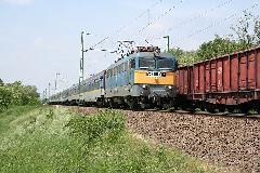 Nemzetközi gyorsvonat a 120a vonalon: figyelni kell rájuk, hogy tartják a menetrendet, Budapest (forrás: Halász Péter)