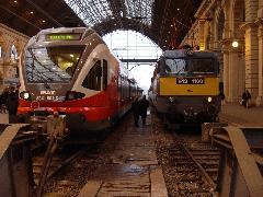 Járatritkítás helyett: új, ütemes vasúti menetrendet készített a VEKE