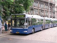 A közvetlen kapcsolat a belváros szíve és Gazdagrét számára olyan vonzó volt az utasok számára, hogy visszakövetelték., Ferenciek tere, Budapest (forrás: Hajtó Bálint)