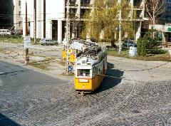 A 67-es villamos a Thököly út-Hungária körút sarkán 1997 tavaszán. (forrás: VEKE)