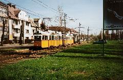 2001. után már csak ritkán járt villamos a 44-es és a 67-es vonalán. A képen a Rákospataknál  egy két UV-ból és egy Mukiból álló szerelvény megy Zugló kocsiszín felé. (forrás: Németh Zoltán Gábor)