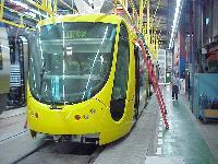 A 20 db sárga CITADIS-t 2005 elején szállítják Mulhouseba, a próbafutásokat követően jövő év őszén állnak majd forgalomba. (forrás: Jean-Claude Vaudois)