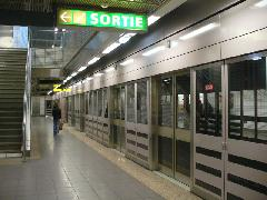 Saint Cyprien République metrómegálló peronja, Toulouse (forrás: Friedl Ferenc)
