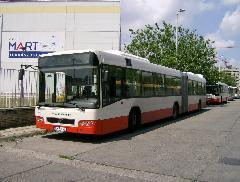 A Vértes Volán egyik, a Volánbuszétól csak kisebb részletekben - pl. homlokfali kijelző - eltérő kocsija., Árpád híd buszpályaudvar, Budapest (forrás: VEKE)