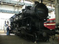 A 9-es számú 424-es gőzmozdony, Északi Járműjavító, Budapest (forrás: Friedl Ferenc)