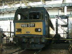 A 017-es Gigant várja megújulását, Északi Járműjavító, Budapest (forrás: Friedl Ferenc)