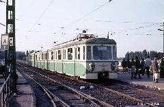 M-IX-es szerelvény a szentendrei HÉV korábbi végállomásánál, a Margit-hídnál. (forrás: Geoffrey Tribe)