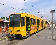 A Határ úti nagy átszállóközpont legforgalmasabb járata az 50-es villamos. (forrás: Feld István Márton)
