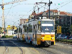 A meghosszabbított 56-os villamos az első napján a Gellért téren. (forrás: Friedl Ferenc)