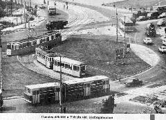 Flórián téri pillanatkép a 80-as évekből, ráncajtós Ikarus 280-assal a 6-os viszonylaton. (forrás: BKV Hírlap)