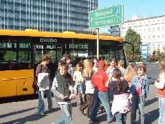 Délutánra megtelt a city-busz, Városháza, Győr (forrás: Ifj. Dobronyi Tamás)