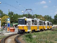 Tatra T5C5K típusú korszerűsített villamos az 59-es vonal farkasréti végállomásán. (forrás: Győri Márk)