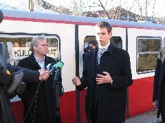 Szóvivőnk, Vitézy Dávid a fő koncepcionális elemekről, valamint néhány technikai részletről tájékoztatja a sajtót., Városmajor, Budapest (forrás: Hajtó Bálint)