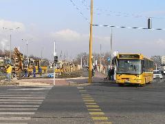 Az új adyvárosi végállomási forgalmi rend évente közel 50 ezer kilométer többlet-teljesítményt igényel. A város ezzel szemben csökkenteni kívánja a keretet., Adyváros decentrum, Győr (forrás: VEKE)
