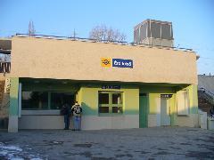 Érd felső új felvételi épülete - váróterem nem fért bele, Érd felső, Érd (forrás: Friedl Ferenc)