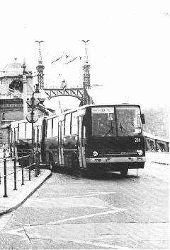Ikarus 280 GVM-trolibusz a Fővám téren., Budapest (forrás: VEKE)