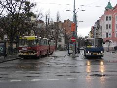… de a felhalmozott késések miatt csak egy kanyar teljesült., Pozsony (forrás: Müller Péter)