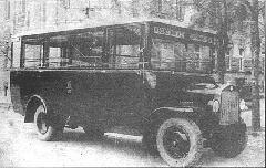 A BART egyik Rába-LHo kisbusza a 20-as évek végén a 15-ös vonalon (Bp17.157). (forrás: Városi Közlekedés)