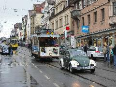 A búcsú napja. Vasárnap az összes működőképes nosztalgiavillamos részvételével parádés felvonulás volt Stammheim és Zuffenhausen között., Stuttgart (forrás: Müller Péter)