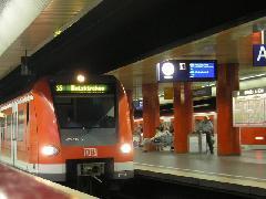 Az S-Bahn kapacitáskorlátait egy második alagút építésével növelnék meg, München (forrás: Németh Attila)