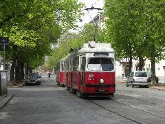 A Heinestrassén ma már a meghosszabbított 80A autóbuszjárattal lehet utazni., Bécs (forrás: Müller Péter)