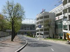 P+R+U+Stadion, azaz: parkolj utazz, szórakozz., Bécs (forrás: Müller Péter)
