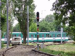 Az Esztergom felől érkező vonatok itt fordulnak rá a HÉV vágányaira. (forrás: Németh Attila)