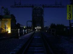 Az utolsó vonat a régi hídon., Északi összekötő vasúti híd, Budapest (forrás: Németh Zoltán Gábor)