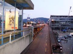 A Hardbrücke egyik felhajtója, Zürich (forrás: Németh Attila)