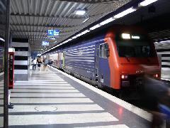 S-Bahn Zürich HB állomáson, Zürich (forrás: Németh Attila)