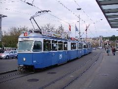 Be 4/6 Mirage típusú villamos, Zürich (forrás: Németh Attila)