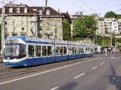 Villamosok a Central csomópontnál, Zürich (forrás: Németh Attila)
