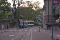 Sänfte villamos az emelkedőn az ETH felé, Zürich (forrás: Mészáros Gergely)