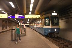 Villamos a metróállomáson, Zürich (forrás: Mészáros Gergely)