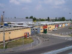 Az 51A hurokvégállomása itt volt, a Használtcikkpiac elött. (forrás: Pólai Balázs)