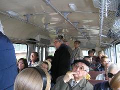 A nosztalgia busz utasai, Győr (forrás: VEKE)