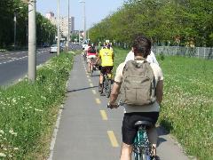 A 43-as villamos nyomvonalán nagyrészt kerékpárút létesült, Budapest (forrás: Gábor Marcell)