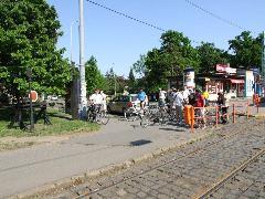 Rövid megállás a 43-as villamos emlékművénél Budafok, Városház téren, XXII. Városház tér, Budapest (forrás: Gábor Marcell)