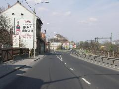 Hiányzik a Mária Terézia u. és a Kossuth Lajos utca sarkáról a régi apotéka épülete (forrás: VEKE)